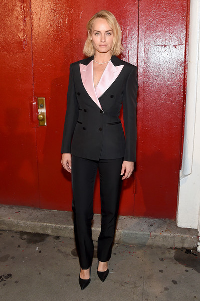 Amber Valletta rocked a perfectly tailored Tom Ford pantsuit during the brand's fashion show.