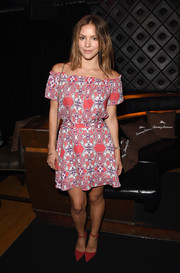 Katharine McPhee complemented her dress with a pair of red ankle-strap pumps.