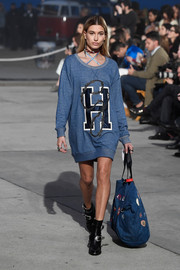 A patched denim tote completed Hailey Baldwin's runway ensemble.