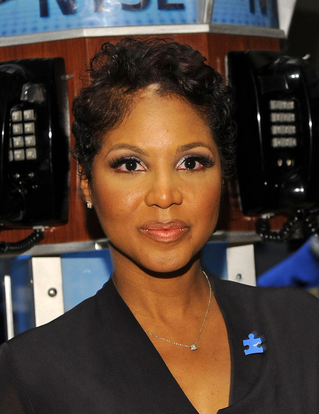 Toni Braxton Messy Cut [hair,face,hairstyle,eyebrow,beauty,black hair,forehead,long hair,gadget,toni braxton,new york city,the new york stock exchange,autism speaks celebrates world autism awareness day autism awareness month]