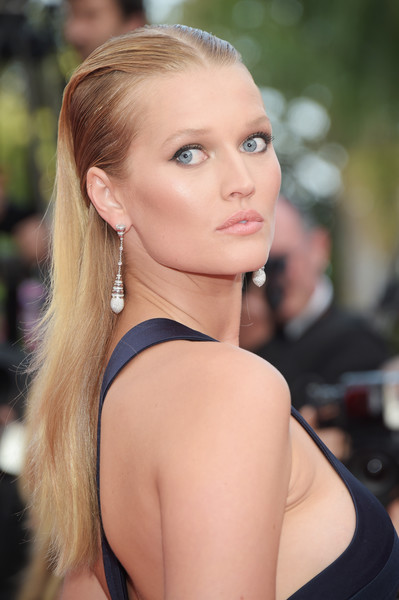 Toni Garrn Half Up Half Down [the beguiled,hair,face,blond,hairstyle,beauty,shoulder,skin,eyebrow,lip,chin,red carpet arrivals,toni garrn,screening,cannes,france,cannes film festival,palais des festivals]