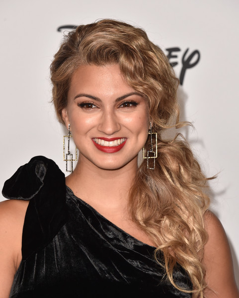 Tori Kelly Loose Ponytail [mickeys 90th spectacular,tori kelly,hair,face,hairstyle,blond,eyebrow,facial expression,lip,beauty,long hair,chin,the shrine auditorium,los angeles,california,spectacular - arrivals]