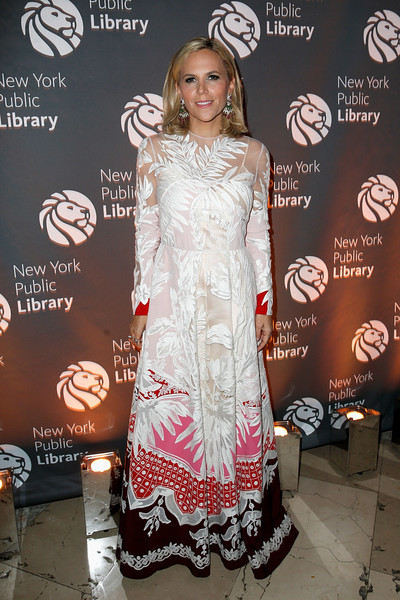 Tory Burch Embroidered Dress [clothing,carpet,fashion,dress,red carpet,fashion design,flooring,premiere,event,tory burch,new york public library,new york city,library lions,new york public library 2018 library lions gala]