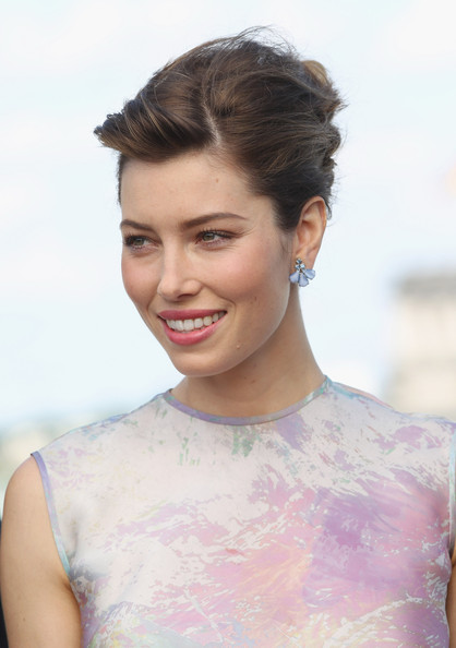 Jessica Biel's French Twist