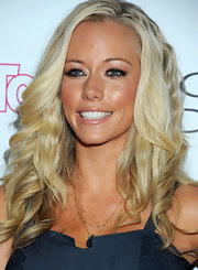 Kendra Wilkinson arrived at 'InTouch Weekly's' 4th Annual Icons & Idols Celebration looking bronzed and wearing a soft shade of lipstick slightly deeper than her own natural lip color.