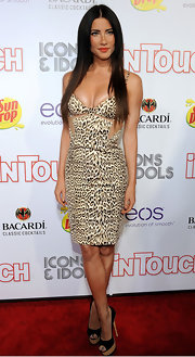 Jacqueline MacInnes Wood looked fiercely sexy in her leopard-print cutout dress at the 2012 Icons + Idols.