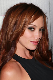 Singer Jessica Sutta stared into the camera at the In Touch event with her sexy smoky eyes.