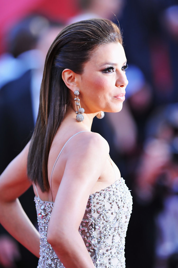 Eva Longoria Parker attends the 'On Tour' Premiere at the Palais des Festivals during the 63rd Annual Cannes Film Festival on May 13, 2010 in Cannes, France.