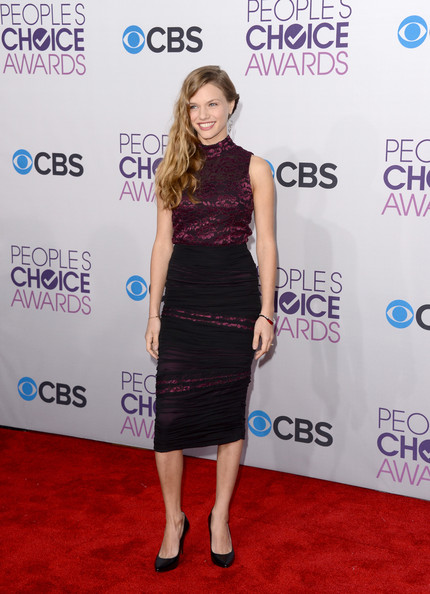 Tracy Spiridakos Hair