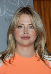 Estella Warren wore her shiny tresses in subtle layers while attending'Treats!' magazine spring issue party.