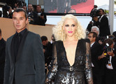 Musician Gavin Rossdale (L) and wife singer Gwen Stefani attend