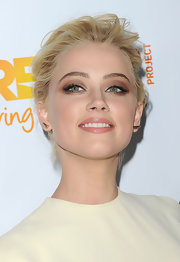 Amber Heard did a super smoky eye using shimmering copper shadow at the Trevor Project's 2011 Trevor Live!.