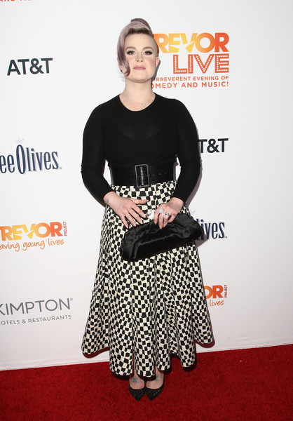 More Pics of Kelly Osbourne Crewneck Sweater (1 of 11) - Kelly Osbourne Lookbook - StyleBistro [trevor project,red carpet,clothing,premiere,dress,carpet,red carpet,fashion,footwear,shoulder,cocktail dress,flooring,kelly osbourne,trevorlive,2016 trevorlive la,la,beverly hills,california,the beverly hilton hotel]