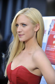 Brittany Snow showed off her pin straight locks while walking the red carpet at Trevor live.