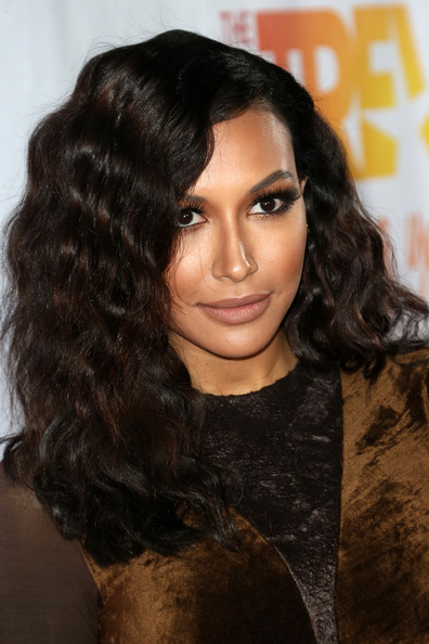 Naya Rivera looked gorgeous with her perfectly sculpted waves during TrevorLIVE.