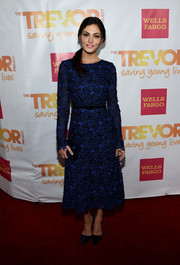 Phoebe Tonkin looked demure and elegant at the TrevorLIVE LA event in an embroidered blue tea-length dress by Oscar de la Renta.