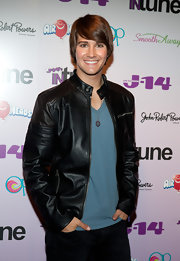 "James Maslow styles his chestnut hair in the ever so popular ""Justin Bieber"" do."