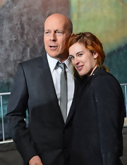 Bruce Willis kept it classy with a solid silver tie at a movie premiere.