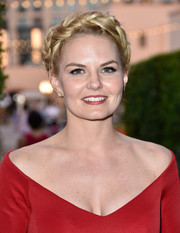 Jennifer Morrison looked quite queenly wearing this elegant crown braid at the Comic-Con cocktail party.