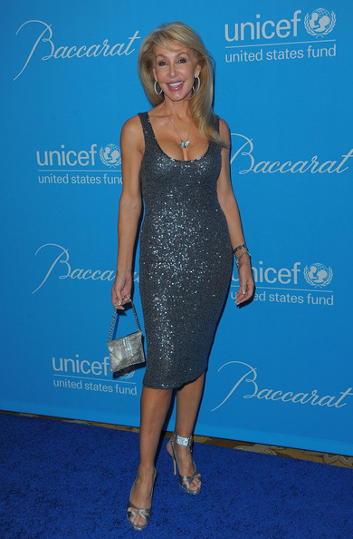 Linda Thompson was a stunning sight at the UNICEF Ball in a curve-hugging sequined blue dress.