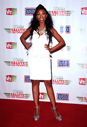 Brandy's three-strand, glass bead necklace perfectly complemented her bright white dress at the 'VH1 Divas Salute the Troops' show.