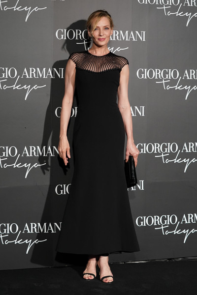 Uma Thurman Strappy Sandals [red carpet,dress,clothing,black,little black dress,fashion,cocktail dress,fashion model,gown,shoulder,formal wear,giorgio armani,uma thurman,tokyo,u.s.,japan,cruise collection]