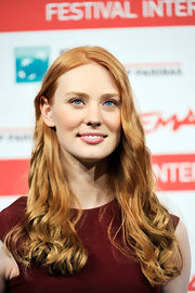 At a photocall for 'Un Giorno Questo Dolore Ti Sara Utile,' Deborah Ann Woll's eyes were a standout. Her baby blues were brilliant against her peaches and cream complexion and glorious copper tresses.