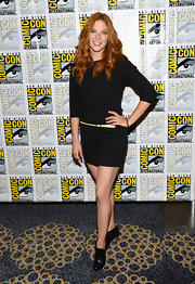 Rachelle opted for a super simple look at Comic-Con where she wore a three quarter-length mini dress.