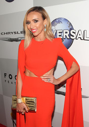 Giuliana Rancic's metallic gold croc-embossed clutch and red cutout gown at the Universal Golden Globes after-party were a fab pairing!