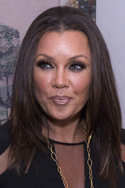 Vanessa Williams framed her gorgeous face with a trendy layered cut for the premiere of 'Daytime Divas.'