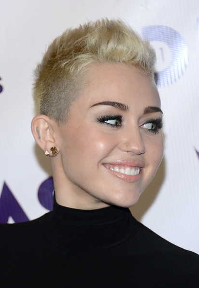 More Pics of Miley Cyrus Nose Piercing (26 of 29) - Body ...