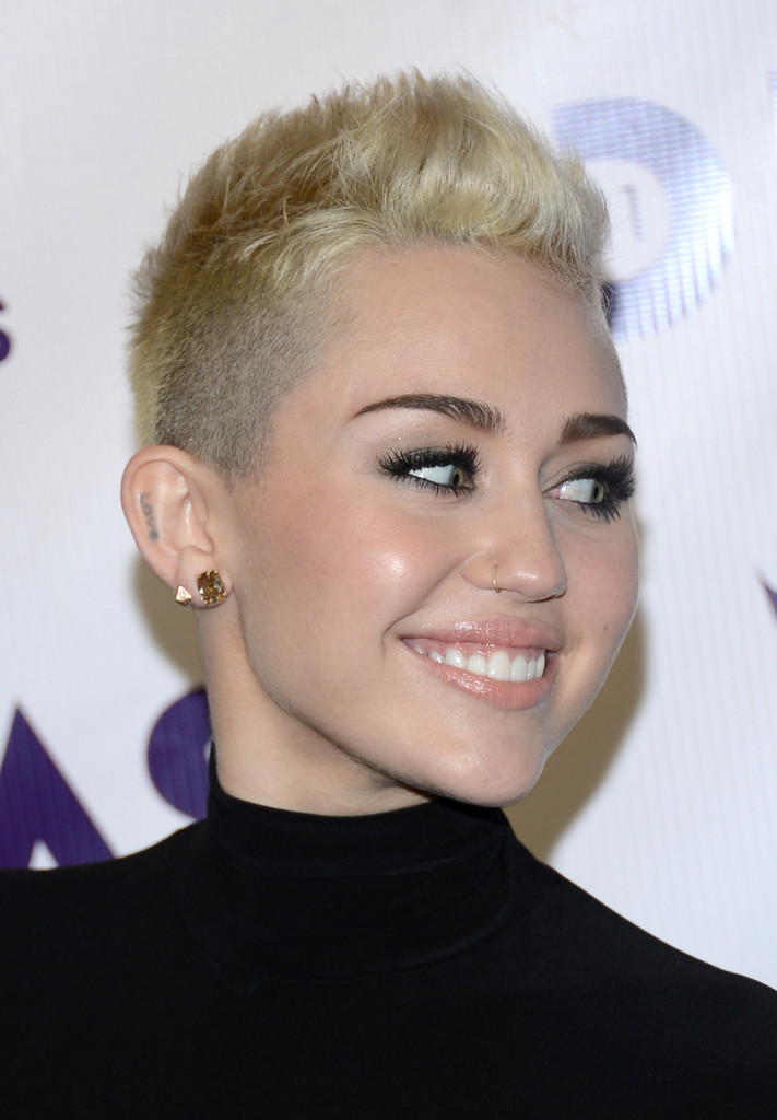 More Pics of Miley Cyrus Nose Piercing (26 of 29) - Miley ...