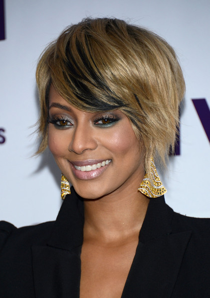 More Pics of Keri Hilson Short Side Part (4 of 20) - Short Hairstyles Lookbook - StyleBistro