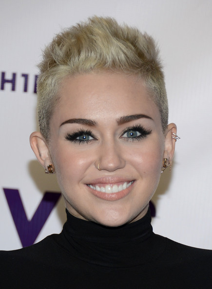 Miley's nose ring complemented her edgy new look.