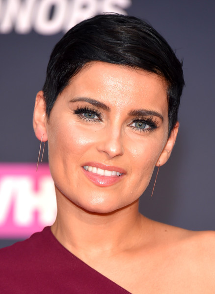 Nelly Furtado looked hip wearing this pixie at the VH1 Hip Hop Honors.
