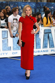 Clara Paget paired her classic dress with black platform pumps.
