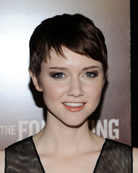 Valorie Curry Pixie [the following,hair,face,hairstyle,eyebrow,chin,lip,forehead,bangs,pixie cut,cheek,valorie curry,new york city,the new york public library,world premiere]