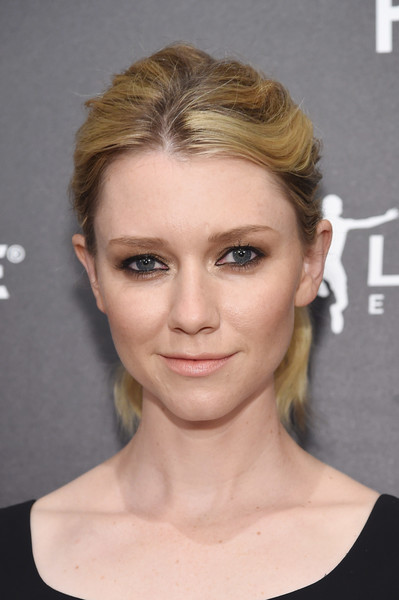 Valorie Curry Loose Ponytail