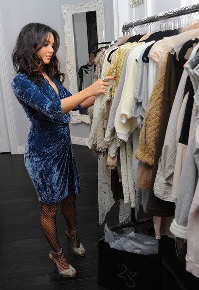 More Pics of Vanessa Hudgens Cocktail Dress (1 of 32) - Vanessa Hudgens Lookbook - StyleBistro [vanessa hudgens,exclusive access,25 park,new york city]