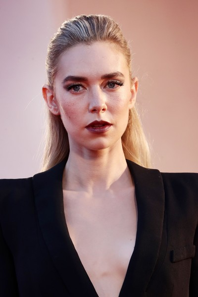 Vanessa Kirby Half Up Half Down [the world to come,movie,portrait,hair,face,lip,beauty,hairstyle,eyebrow,blond,skin,fashion,chin,red carpet,blond,vanessa kirby,hair,red carpet,fashion,77th venice film festival,fashion,photo shoot,long hair,forehead,portrait -m-,blond,lips,portrait,hair,photograph]
