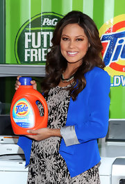 Vanessa Lachey hosted the Take a Load Off laundry campaign wearing her long hair softly styled in subtle wavy layers