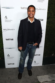 Cuba Gooding Jr. kept it simple and classic in this black blazer. A staple in every man's wardrobe.