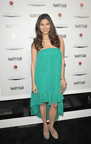 Roselyn Sanchez wore this strapless teal print shift dress to the Eva Longoria Foundation celebration.
