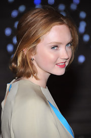 Lily Cole wore her hair in a simple bob when she attended the 2012 Tribeca Film Festival Vanity Fair party.
