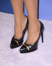 Jennifer Hudson donned a stylish pair of black platform pumps featuring gold hardware for the Variety Power of Women event.