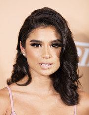 Diane Guerrero looked sweet and pretty with her barrel curls at the 10 Latinos to Watch event.