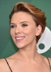 Scarlett Johansson showed off a stylish fauxhawk at the 2016 Variety Power of Women luncheon.