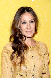 Sarah Jessica Parker attended the Variety Power of Women event wearing a messy-glam side sweep.