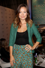 Olivia Wilde looked refreshing in a green blazer and print pants during her visit to the Variety Studio.