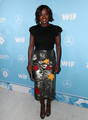 Viola Davis polished off her look with a pair of silver lace-up heels.